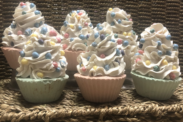 Sea Berries Frosted Cupcakes